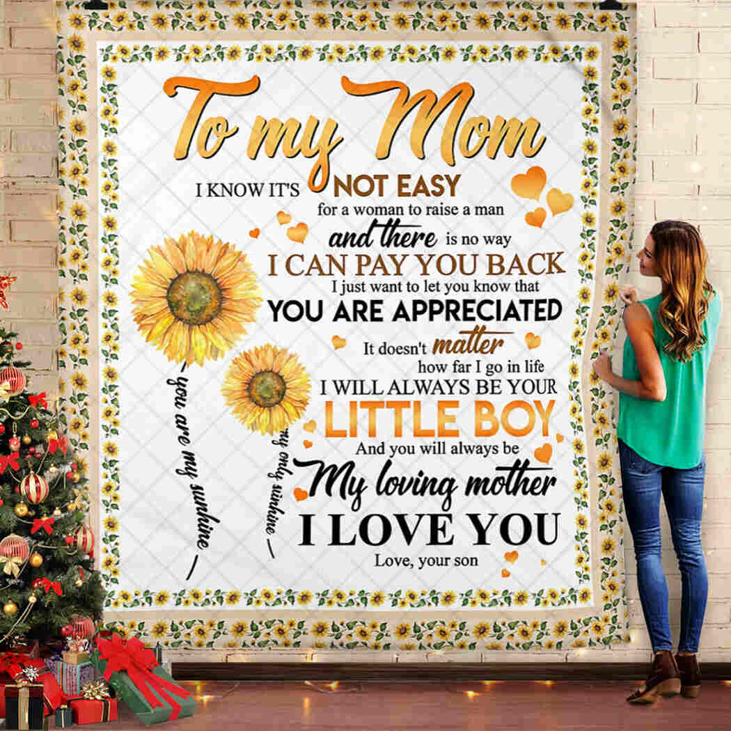 To My Mom Blanket - Little Boy - I Love You Throw Quilt