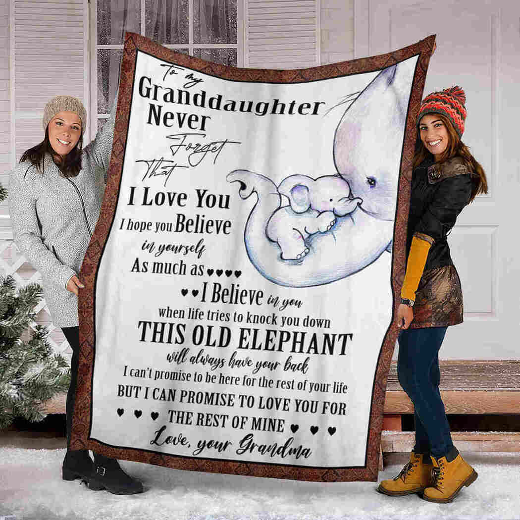 To My Granddaughter Blanket - Cute Elephants - I Believe In You Blanket